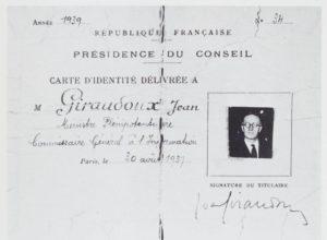 Carte d'identité de Ministre plénipotentiaire